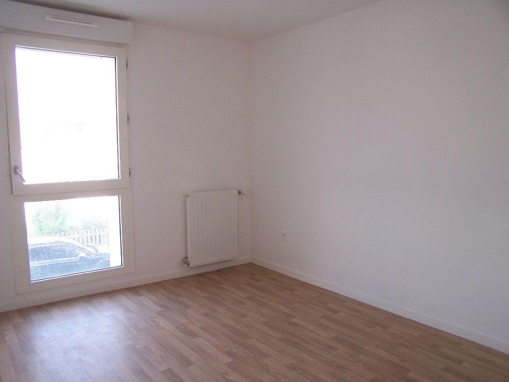 Appartement à louer 2 43m2 à Menucourt vignette-5