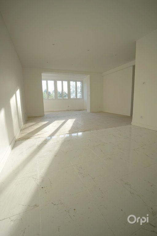 Appartement à vendre 4 120.35m2 à Vaux-sur-Seine vignette-2