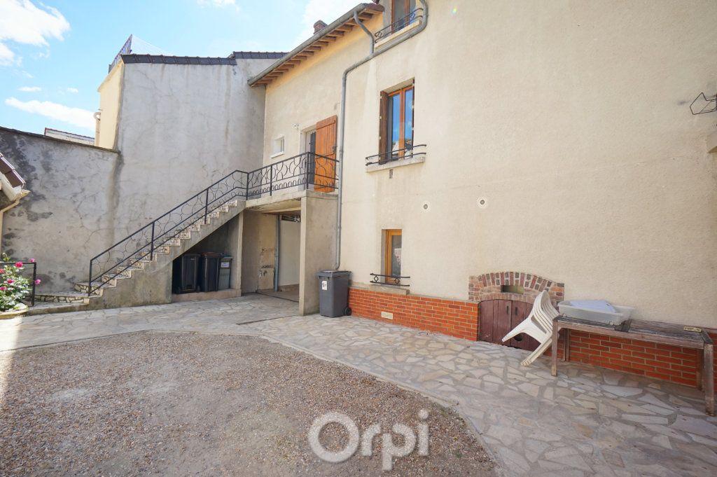 Appartement à vendre 7 153m2 à Vaux-sur-Seine vignette-1