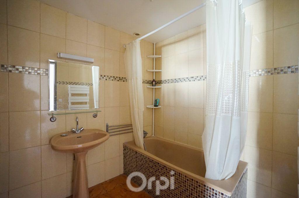 Appartement à vendre 7 153m2 à Vaux-sur-Seine vignette-4