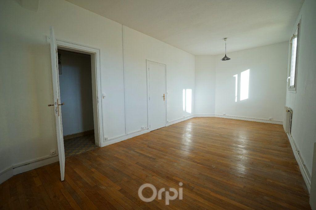 Appartement à vendre 4 67m2 à Meulan-en-Yvelines vignette-1