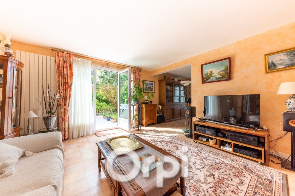 Maison à vendre 5 132m2 à Triel-sur-Seine vignette-1