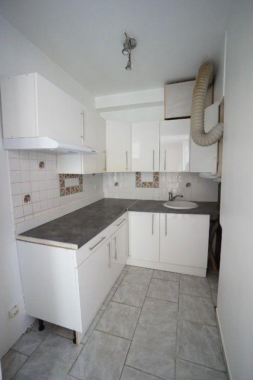 Appartement à vendre 1 28m2 à Andrésy vignette-4