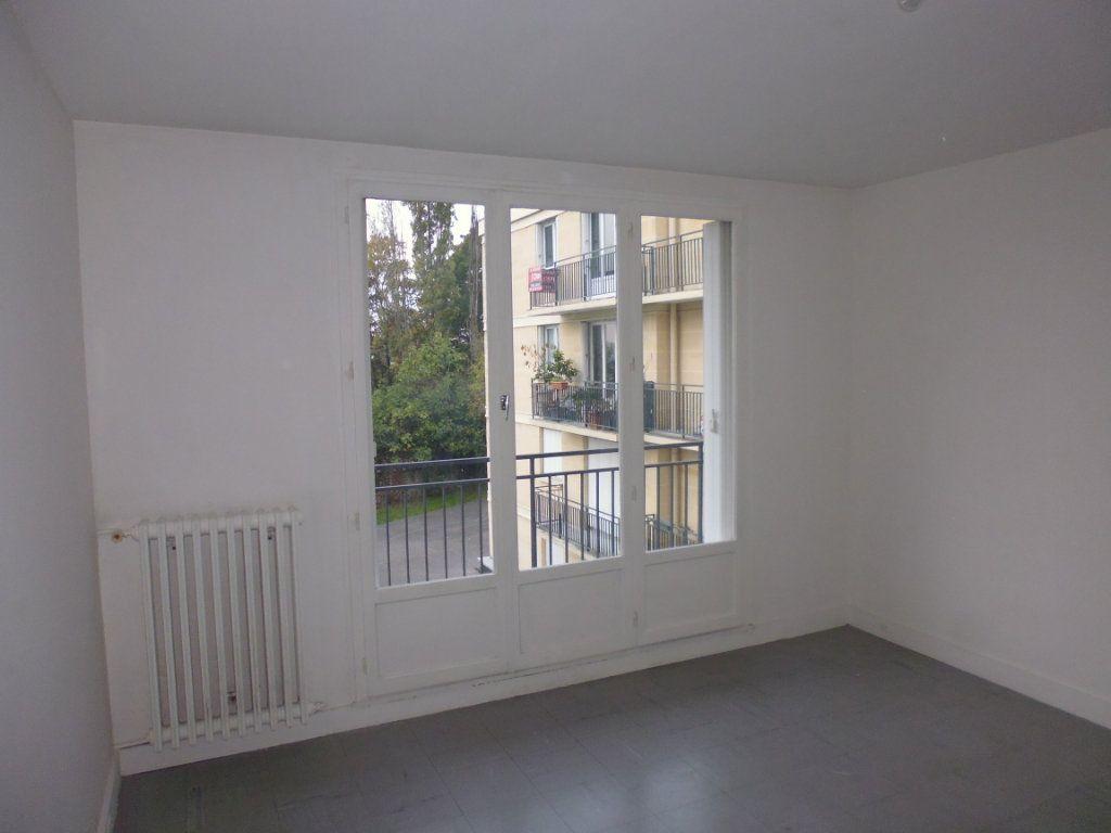 Appartement à vendre 2 45m2 à Triel-sur-Seine vignette-1