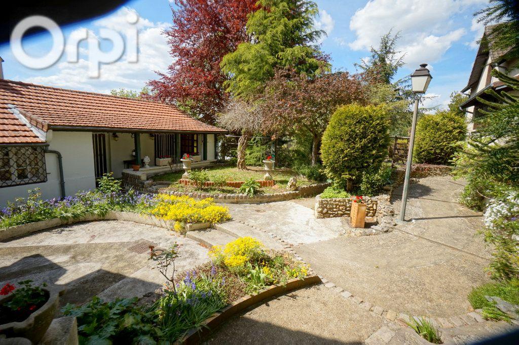 Maison à vendre 6 375m2 à Triel-sur-Seine vignette-1