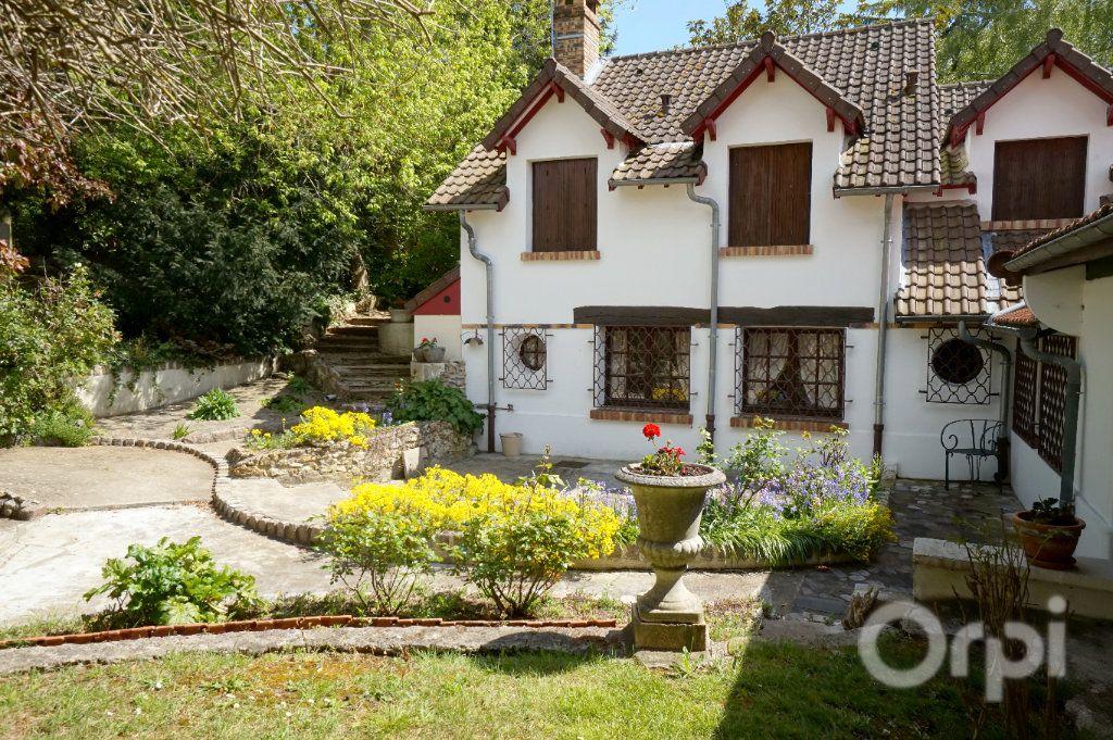 Maison à vendre 6 375m2 à Triel-sur-Seine vignette-3