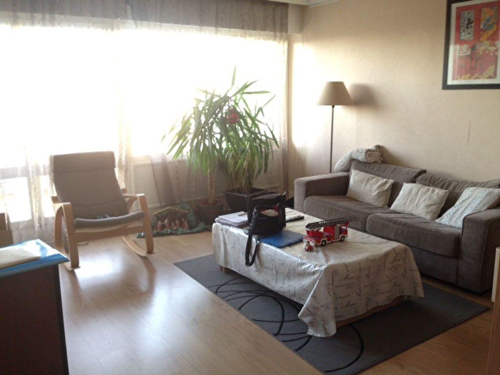 Appartement à louer 4 80.05m2 à Fontenay-aux-Roses vignette-1