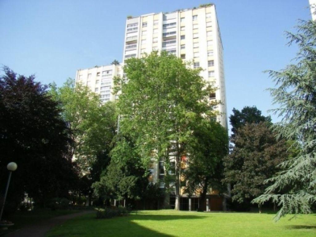 Appartement à louer 1 17.51m2 à L'Haÿ-les-Roses vignette-1