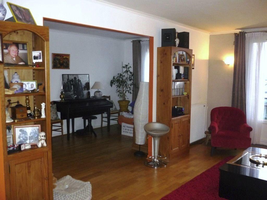 Appartement à louer 3 60.83m2 à L'Haÿ-les-Roses vignette-2