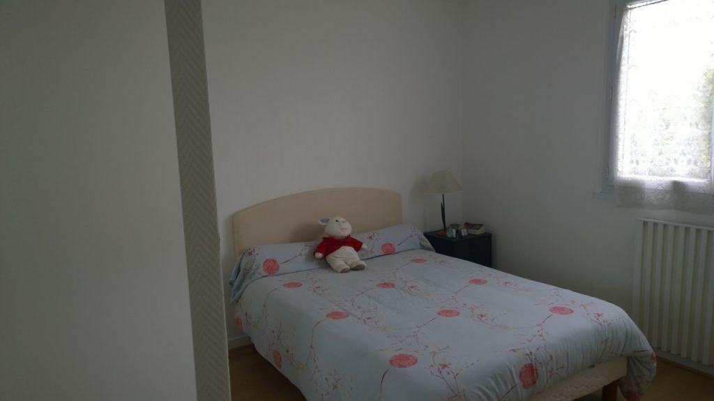 Appartement à louer 3 60.83m2 à L'Haÿ-les-Roses vignette-4