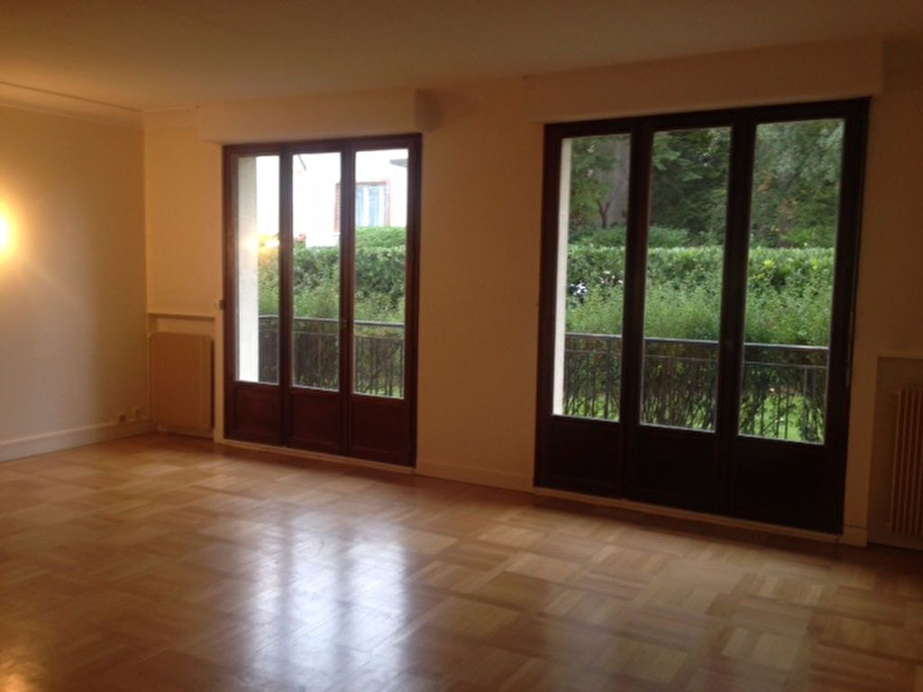 Appartement à louer 5 126.6m2 à Sceaux vignette-2