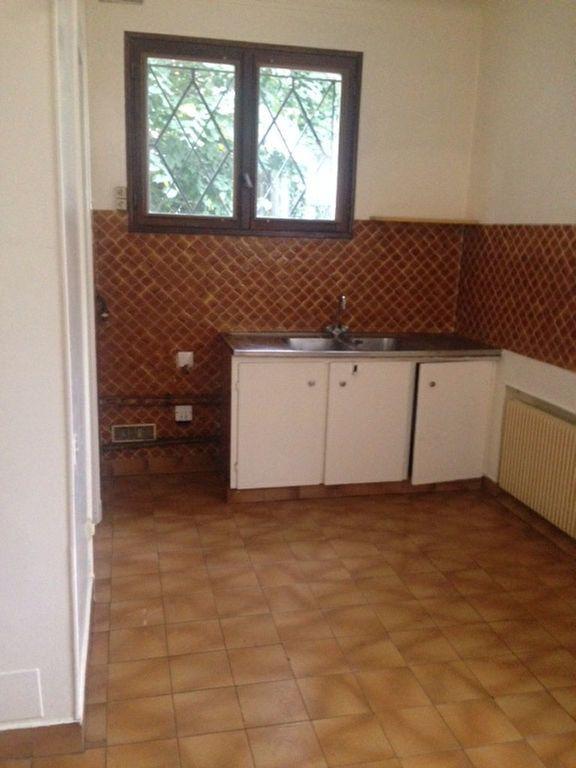 Appartement à louer 5 126.6m2 à Sceaux vignette-4