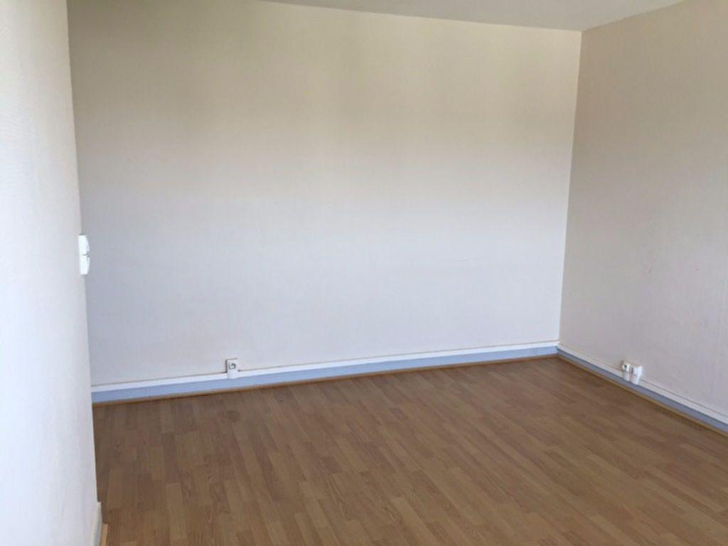 Appartement à louer 2 47.75m2 à Fontenay-aux-Roses vignette-1