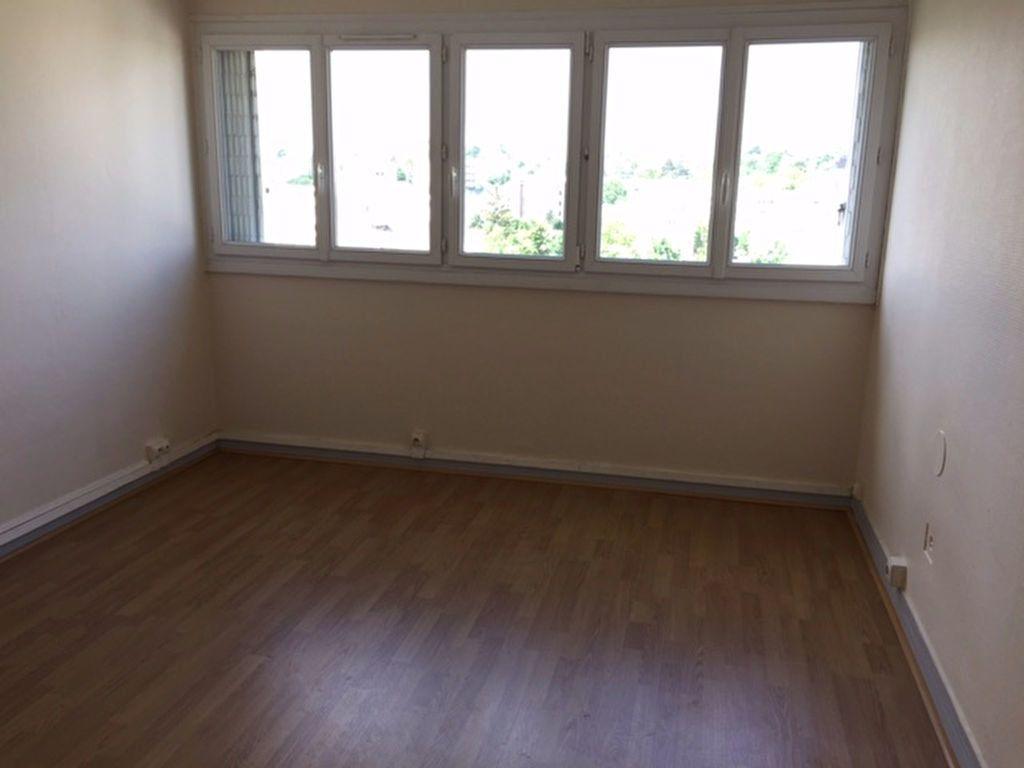 Appartement à louer 2 47.75m2 à Fontenay-aux-Roses vignette-3