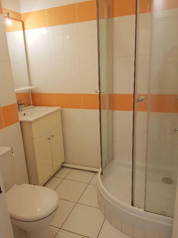 Appartement à louer 1 22.19m2 à Bagneux vignette-4