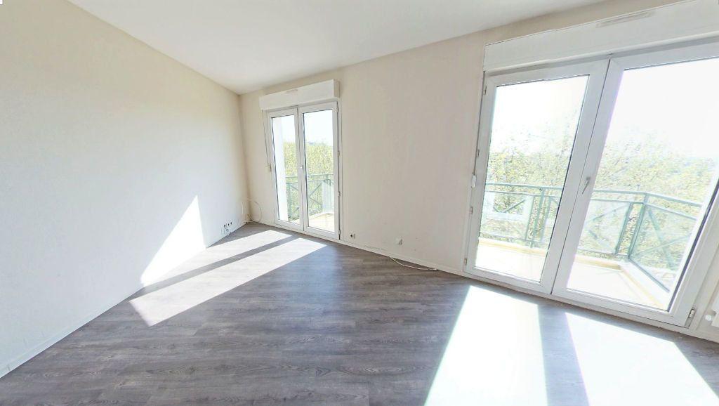 Appartement à louer 3 82.67m2 à Bourg-la-Reine vignette-2
