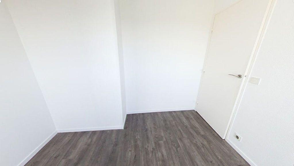 Appartement à louer 3 82.67m2 à Bourg-la-Reine vignette-6