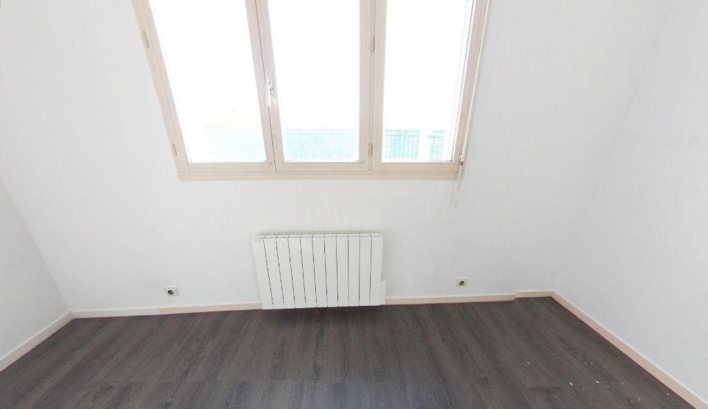 Appartement à louer 3 82.67m2 à Bourg-la-Reine vignette-12