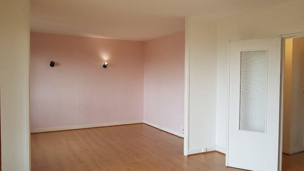 Appartement à louer 3 59.01m2 à L'Haÿ-les-Roses vignette-2