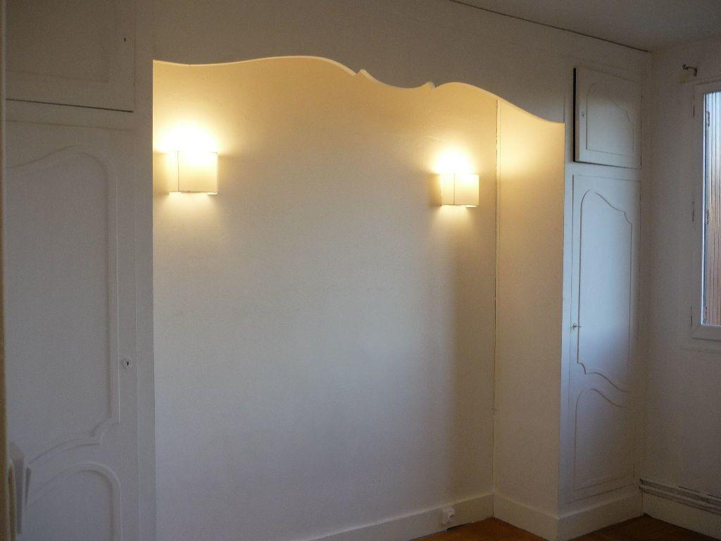 Appartement à louer 3 59.01m2 à L'Haÿ-les-Roses vignette-7