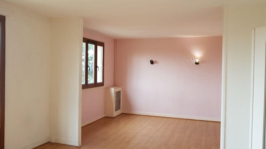 Appartement à louer 3 59.01m2 à L'Haÿ-les-Roses vignette-11
