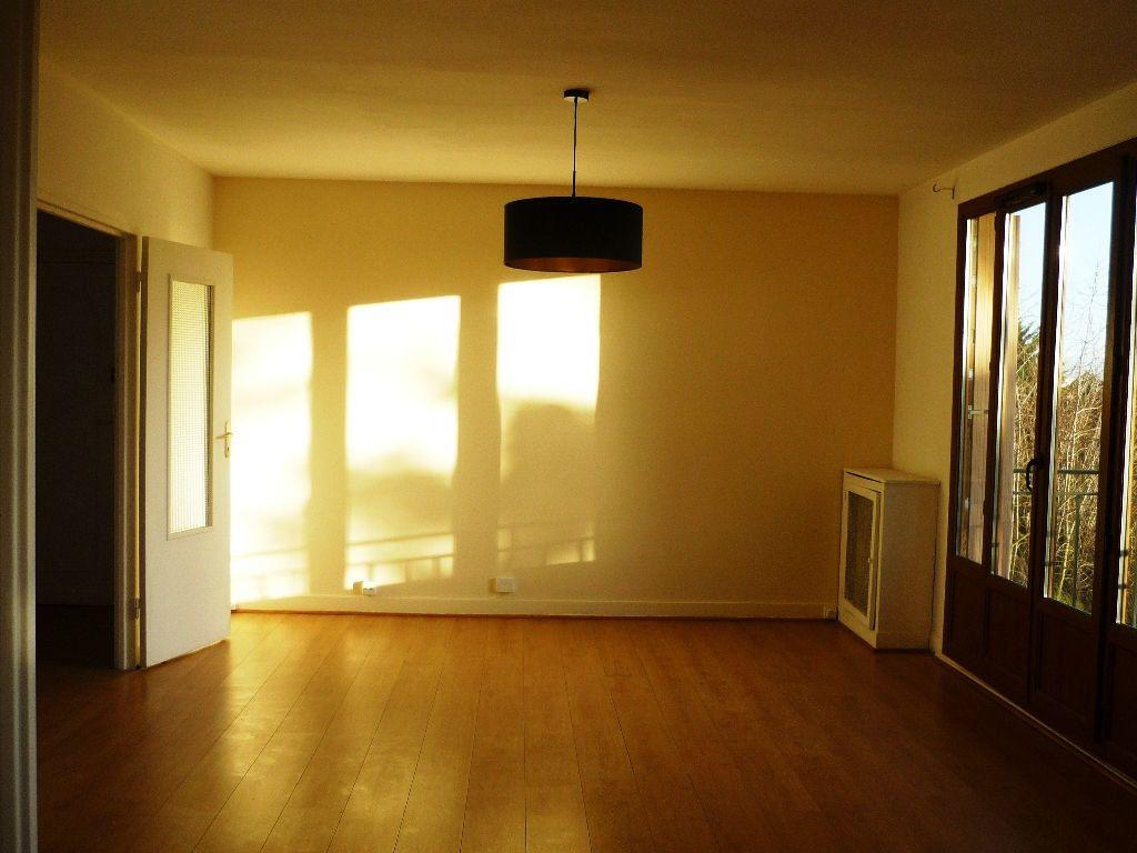 Appartement à louer 3 59.01m2 à L'Haÿ-les-Roses vignette-13