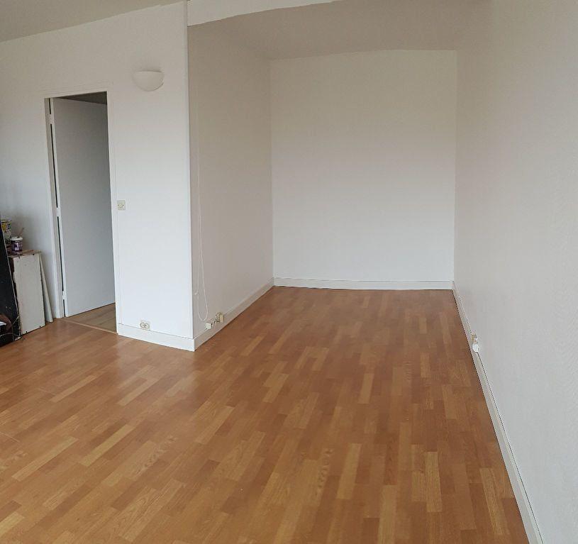 Appartement à louer 1 29.91m2 à Antony vignette-2