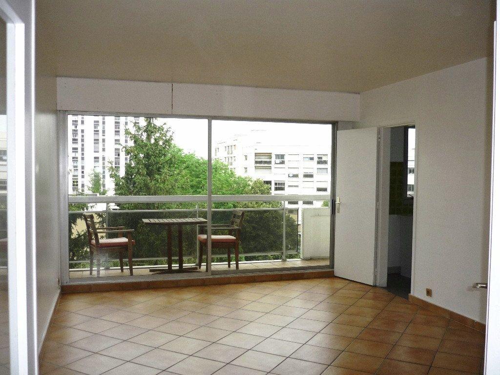 Appartement à louer 3 67.18m2 à Chevilly-Larue vignette-2
