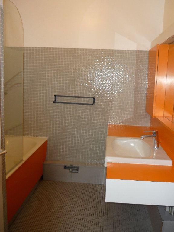 Appartement à louer 3 67.18m2 à Chevilly-Larue vignette-6