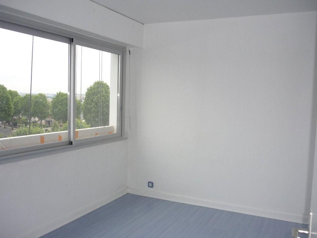 Appartement à louer 3 67.18m2 à Chevilly-Larue vignette-8