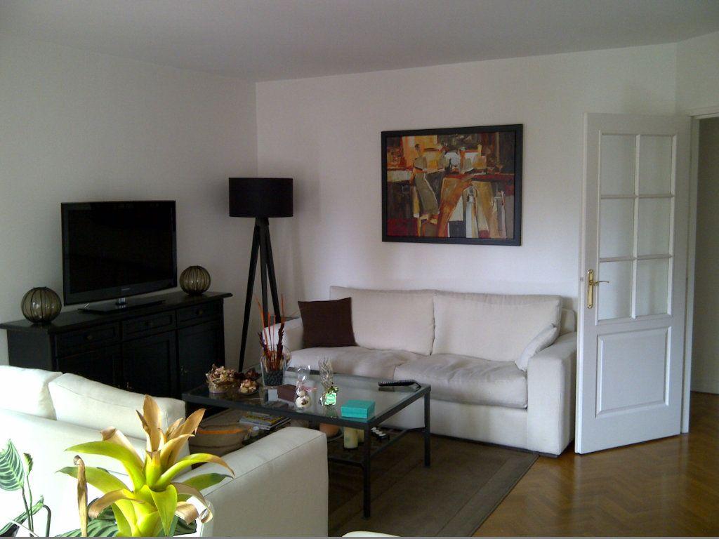 Appartement à louer 4 94.09m2 à Le Plessis-Robinson vignette-4