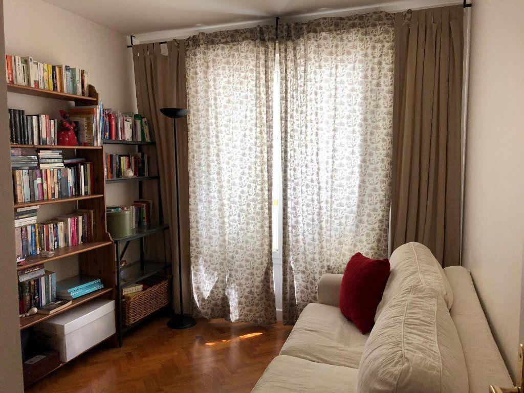 Appartement à louer 4 94.09m2 à Le Plessis-Robinson vignette-12