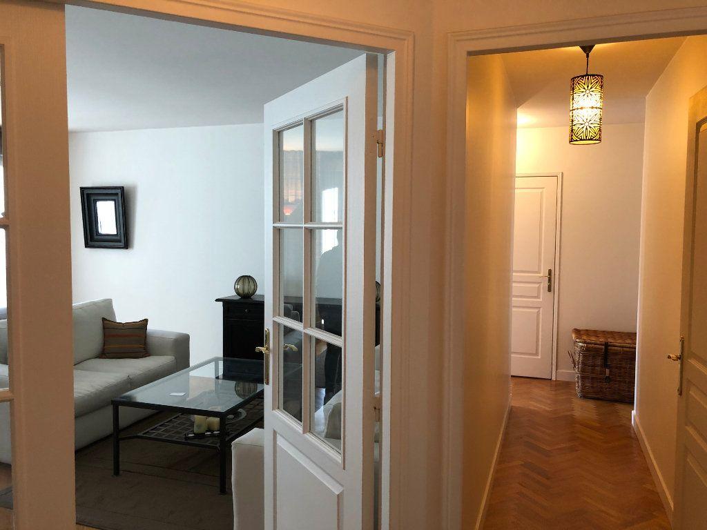 Appartement à louer 4 94.09m2 à Le Plessis-Robinson vignette-14