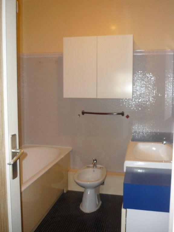 Appartement à louer 3 68.09m2 à Chevilly-Larue vignette-4