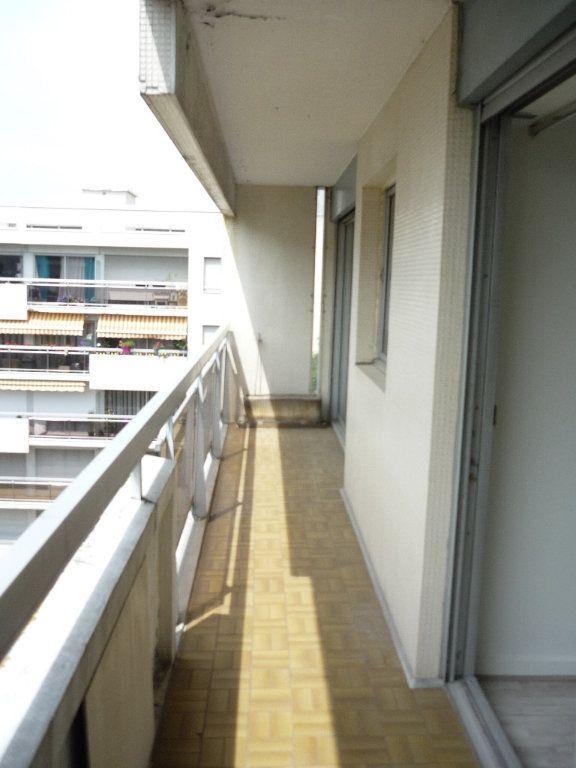 Appartement à louer 3 68.09m2 à Chevilly-Larue vignette-7