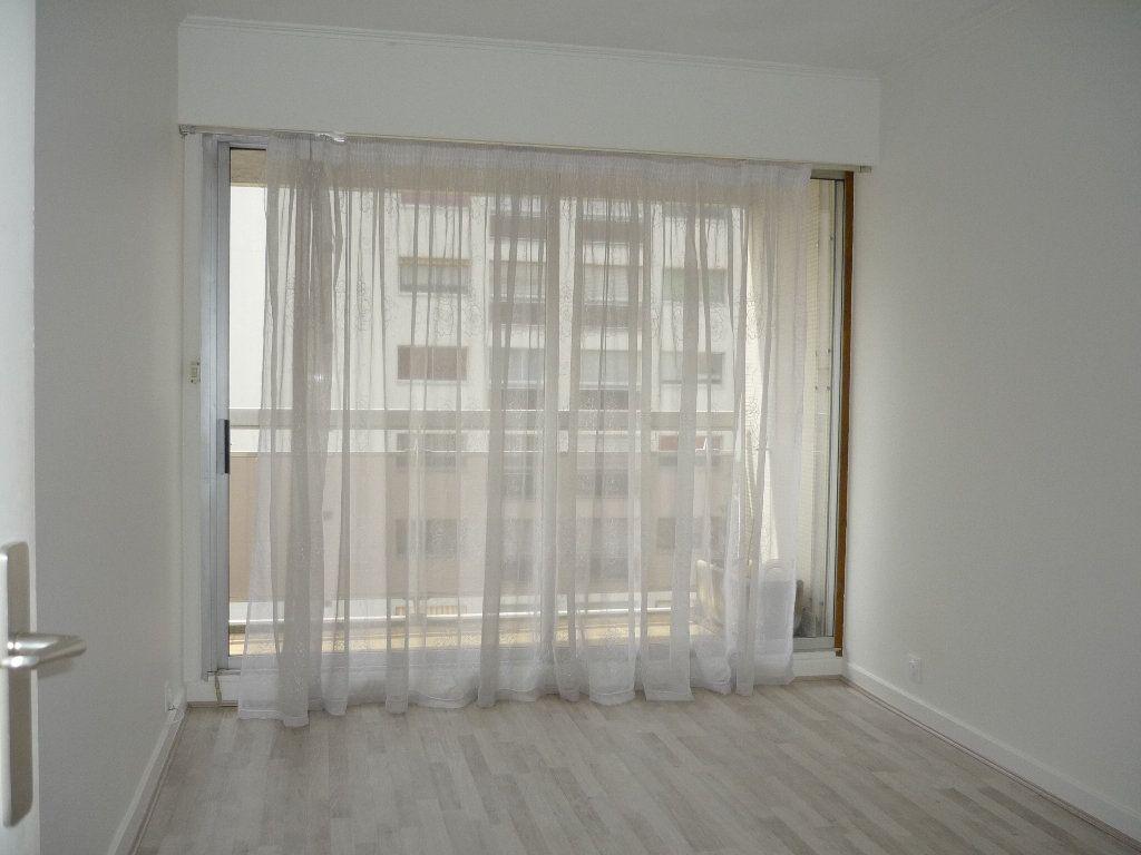 Appartement à louer 3 68.09m2 à Chevilly-Larue vignette-9