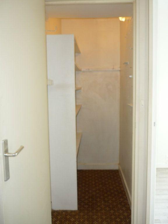 Appartement à louer 3 68.09m2 à Chevilly-Larue vignette-10