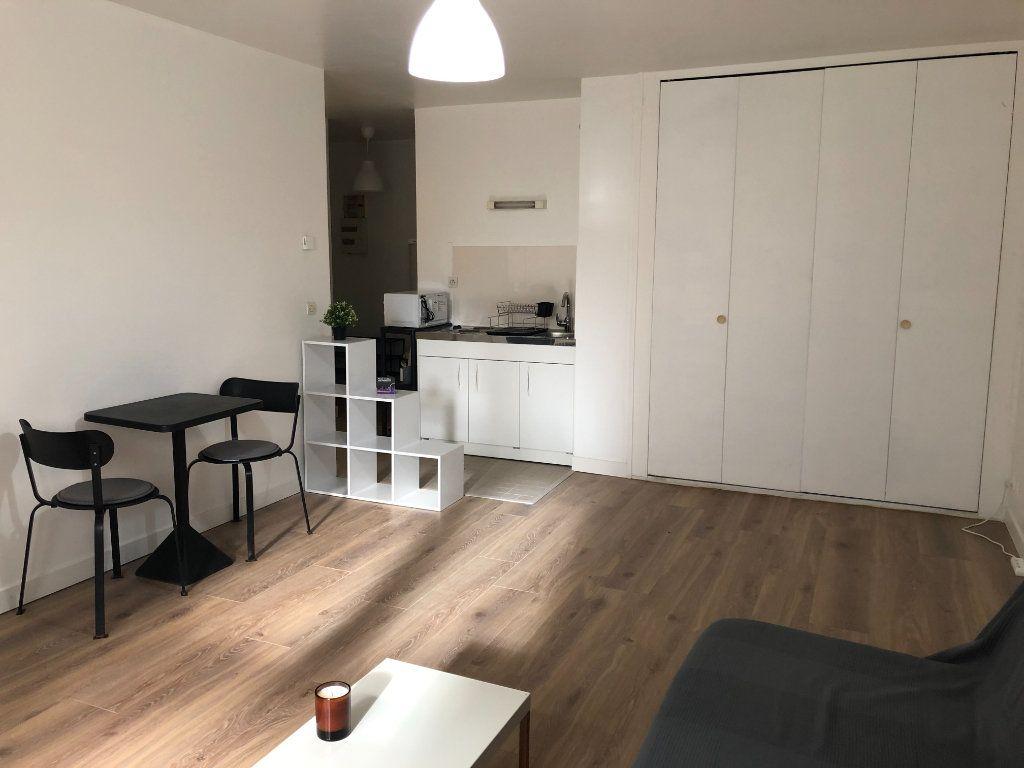 Appartement à louer 1 29.66m2 à Chevilly-Larue vignette-2