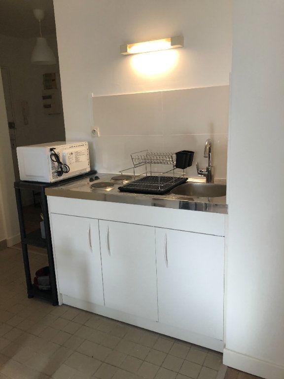 Appartement à louer 1 29.66m2 à Chevilly-Larue vignette-4
