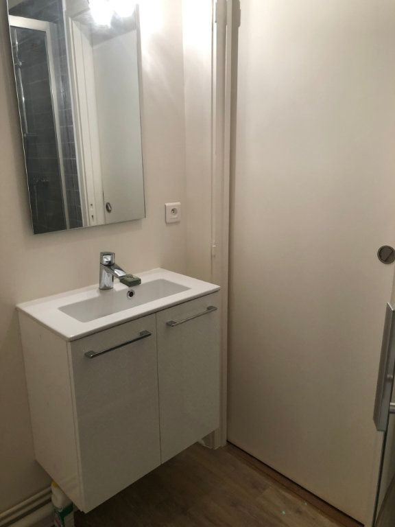 Appartement à louer 4 70.02m2 à Sceaux vignette-13