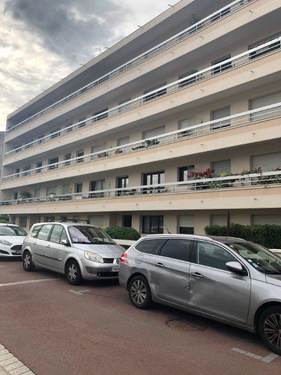 Appartement à louer 4 70.02m2 à Sceaux vignette-16