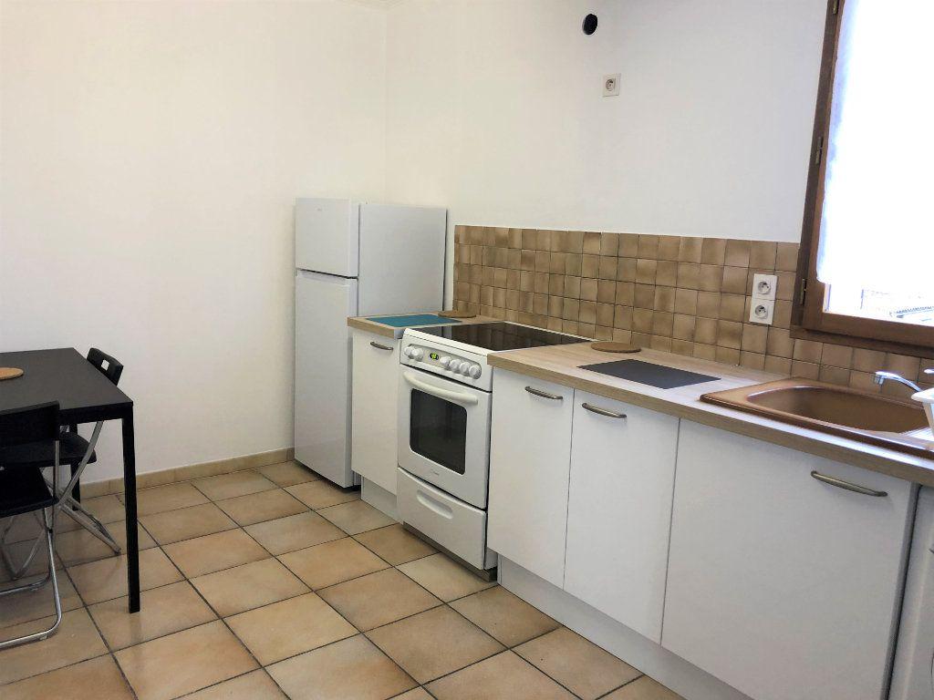 Appartement à louer 4 75.94m2 à Bourg-la-Reine vignette-7