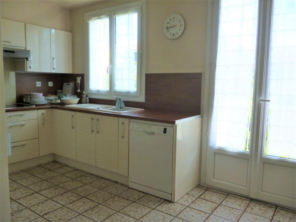 Appartement à vendre 5 118.61m2 à Bourg-la-Reine vignette-3