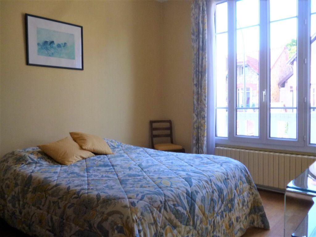 Appartement à vendre 5 118.61m2 à Bourg-la-Reine vignette-5