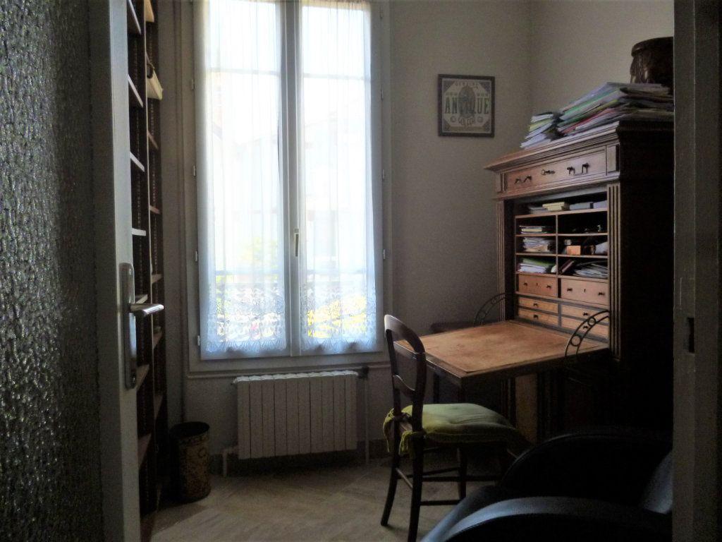 Appartement à vendre 5 118.61m2 à Bourg-la-Reine vignette-6