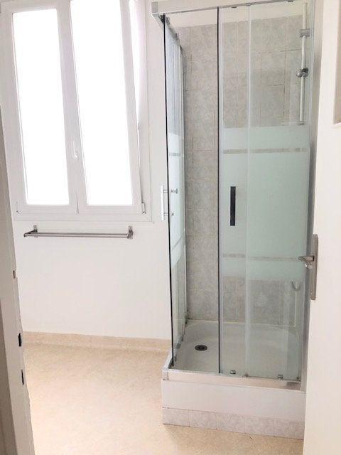 Appartement à louer 5 121.96m2 à Clamart vignette-7