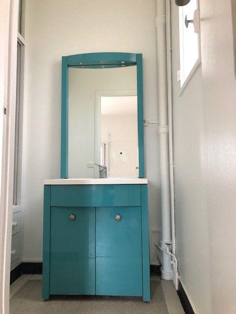 Appartement à louer 5 121.96m2 à Clamart vignette-12