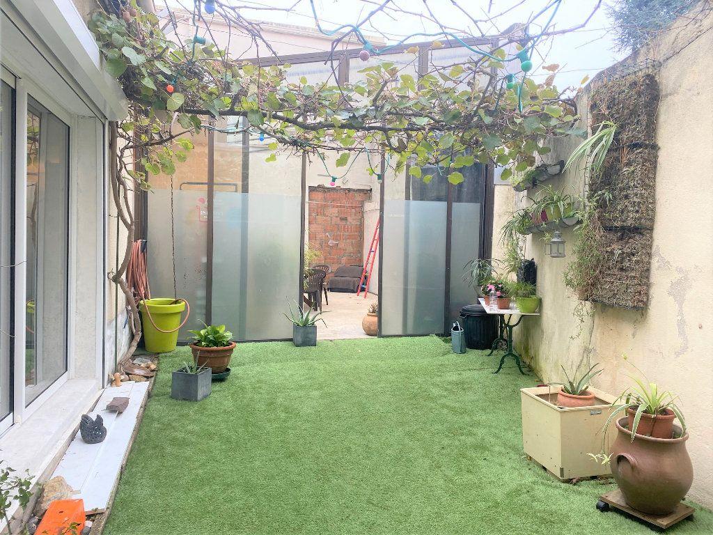 Maison à vendre 8 175m2 à Chevilly-Larue vignette-1