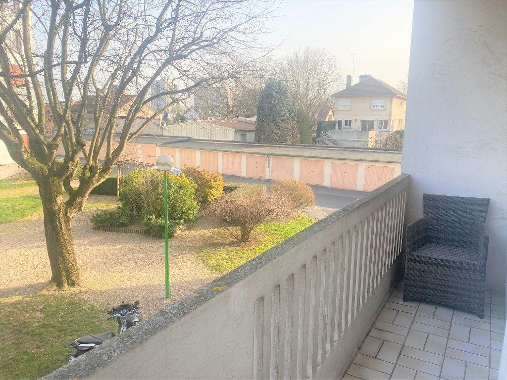 Appartement à vendre 3 52m2 à Chevilly-Larue vignette-1