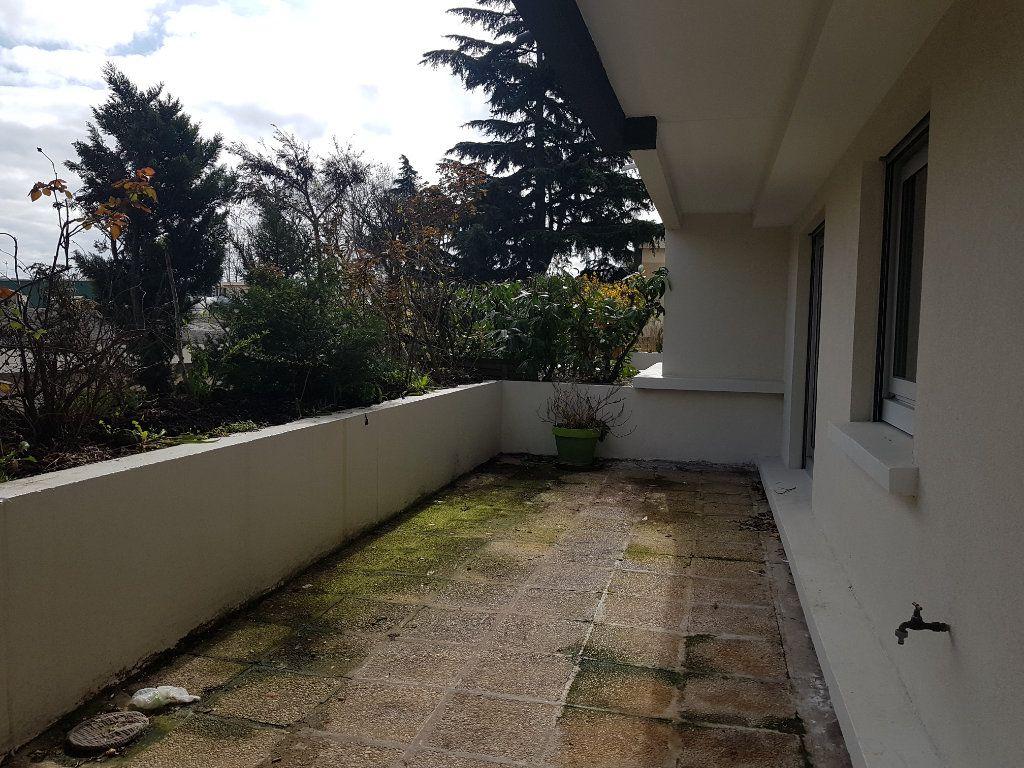 Appartement à louer 2 46.01m2 à Chevilly-Larue vignette-6
